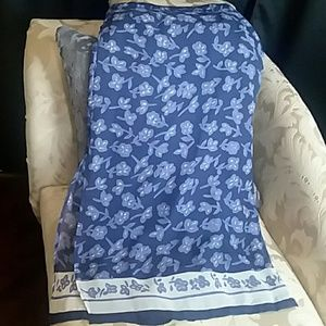 boutique Europa Skirts - Maxi blue and white floral Skirt Size 4